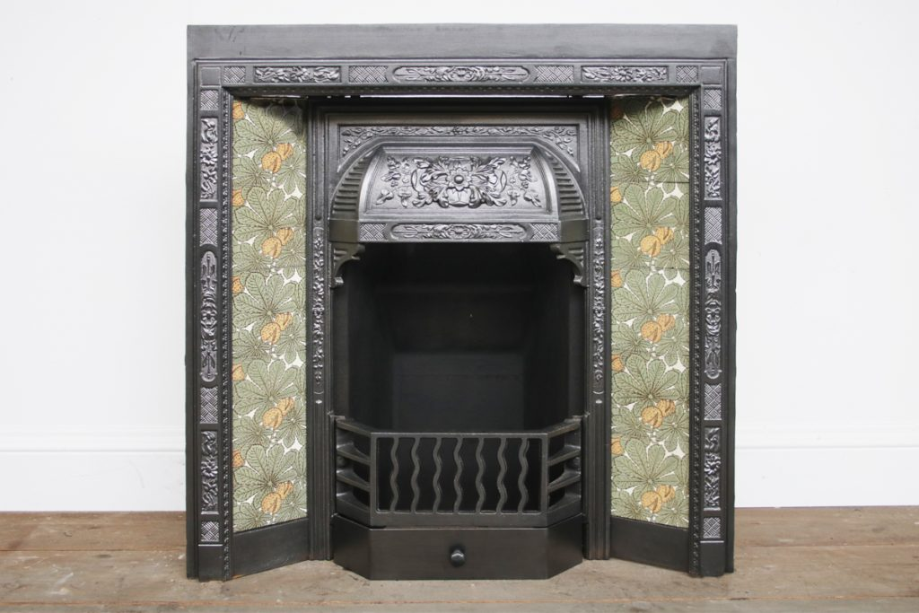 Reclaimed late Victorian cast iron fire insert-0