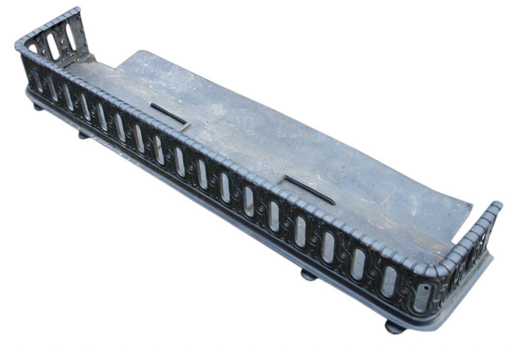 Antique Victorian cast iron fender. -0